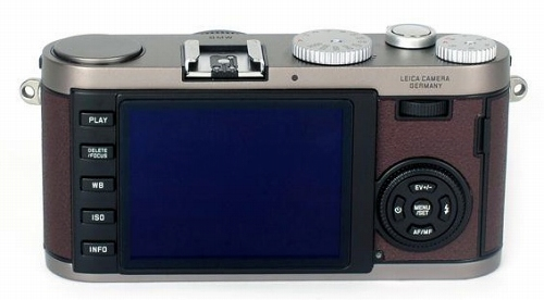 leica-x1-bmw-limited-edition-camera-back.jpg