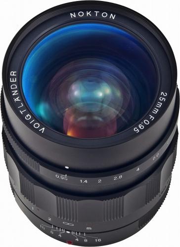 nokton25mm095.jpg