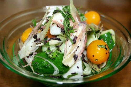 野菜のゆかり和え