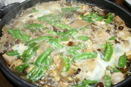 きのこづくしの卵とじ鍋