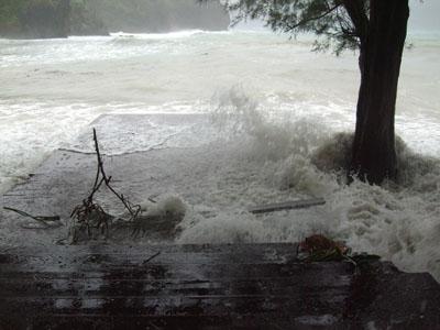 宮の浜縁台波