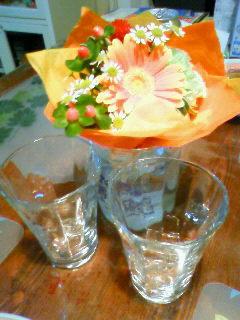 グラスと花1