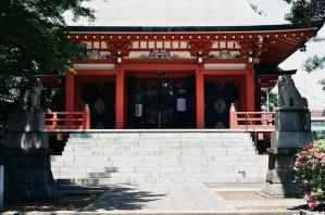 六所神社本堂