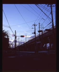 南武線高架と交差点