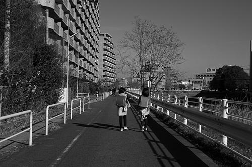 モノクロ街風景-3
