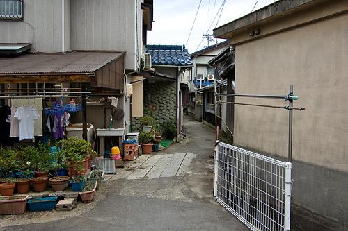 桃取の路地風景