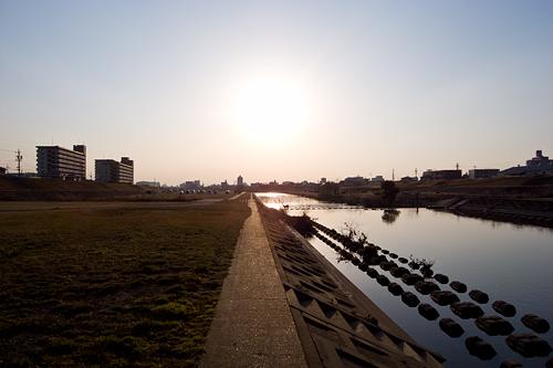 日曜の河川敷-3