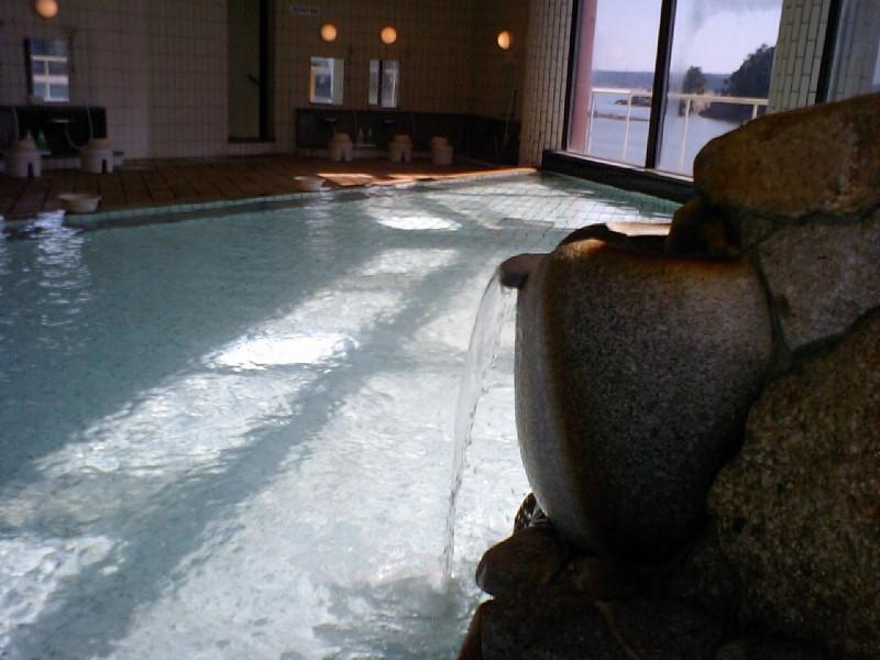 ホテル中の島 内湯1