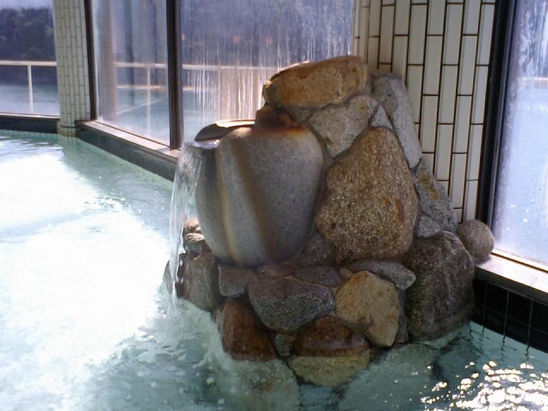 ホテル中の島 内湯2