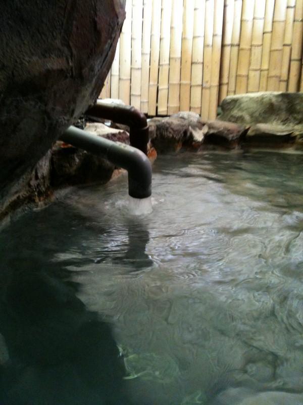 ホテル中の島洞窟5