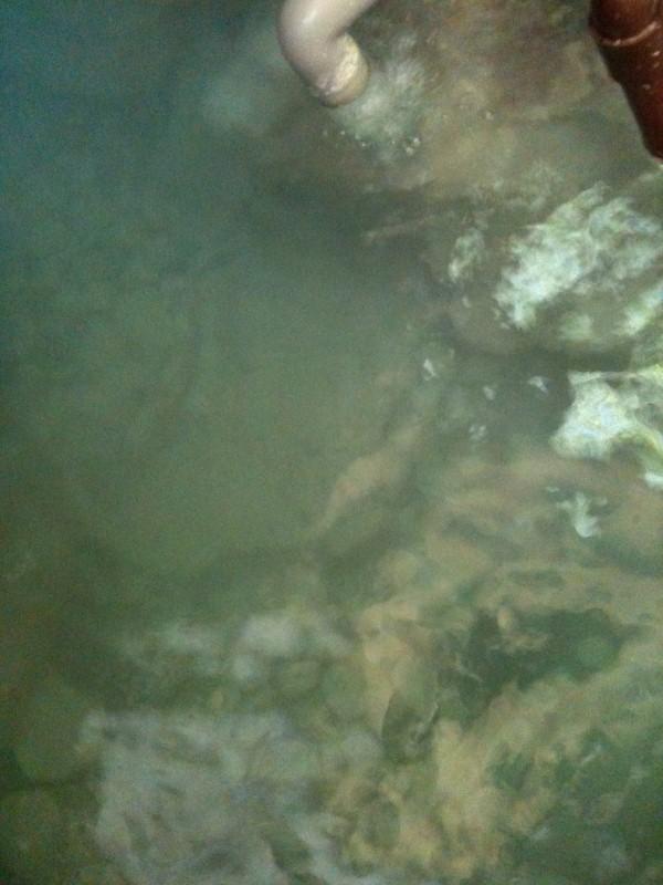 ホテル中の島洞窟6