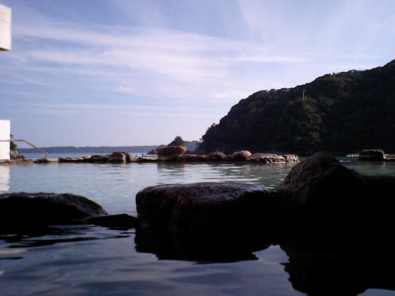 ホテル中の島洞窟10