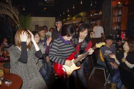 新年会ギターソロ回し6