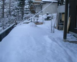 粘土窯の雪化粧