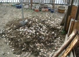 堆肥を切り返し