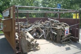 2009年ダム湖流木置き場