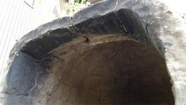 窯口部を内側から見る