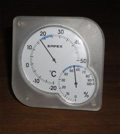 室内温度17度