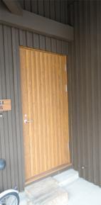 2階主玄関ドア