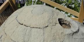 粘土窯天頂付近の割れ目