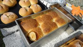 パンの焼け上がり