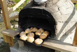 丸パン窯出し