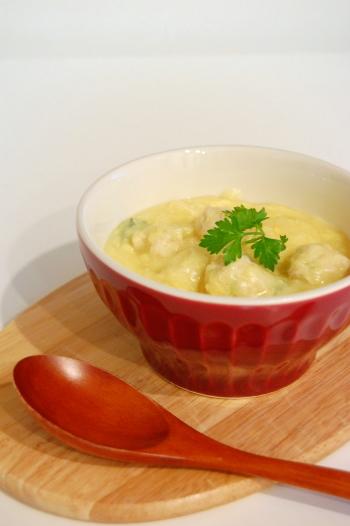 コーンシチューde鶏団子入り中華風コーンスープ