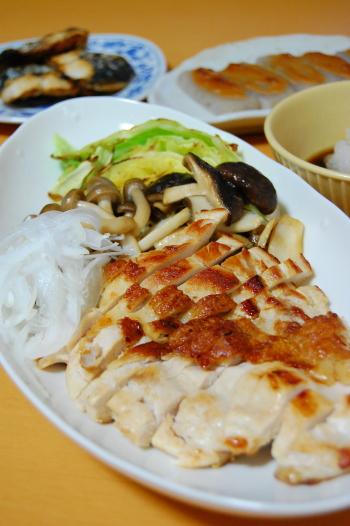 鶏ムネ肉の塩コショウ焼きおろしポン酢