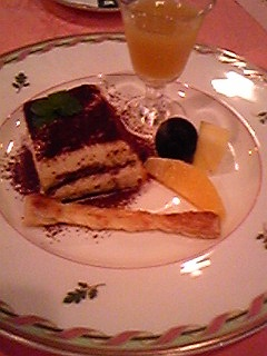 110821ピアノケーキ