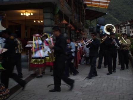 マチュピチュ村のお祭り