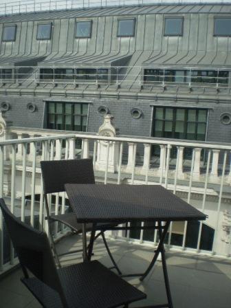 パリ、ホテルのテラス