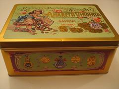 アマラッティビスケット缶