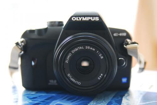 #001 OLYMPUS ZUIKO DIGITAL 25mm