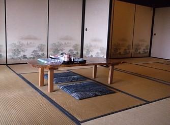 送陽邸 部屋2