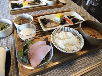 湯どの庵 朝食② (1)