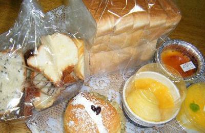 DSCF2063パン!とデザート
