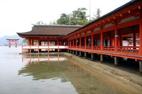 厳島神社free02