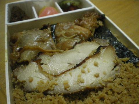 鶏めし弁当j12