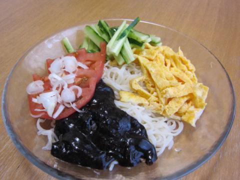 チャジャン麺k05a