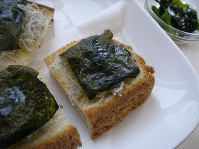 しらす海苔トースト