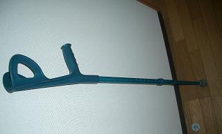 イタリア松葉杖