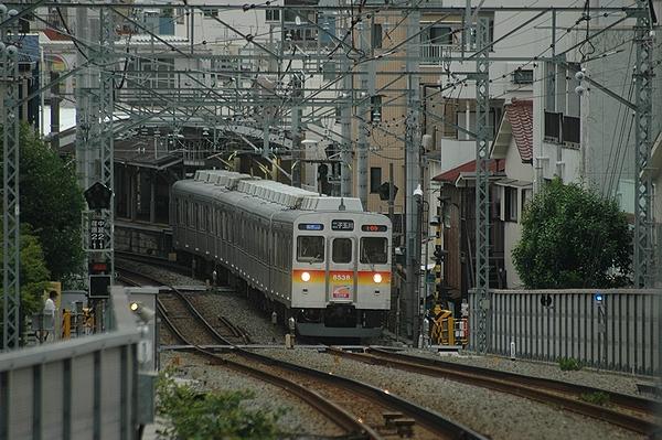 荏原町駅発車