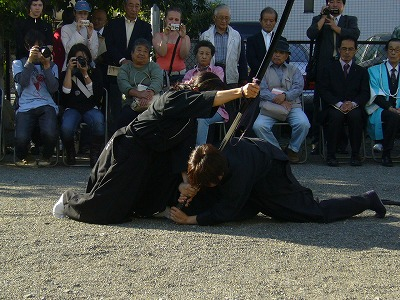 09西光寺演武_天然理心流柄砕き01
