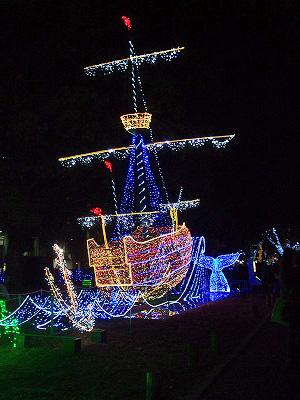 帆船と幻のクジラ