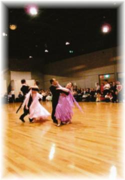090705ダンスパーティb