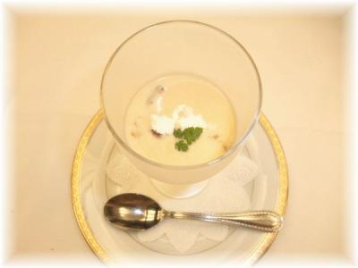 3)ポティロンとコンソメジュレの冷たいスープ