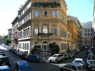ローマ街角