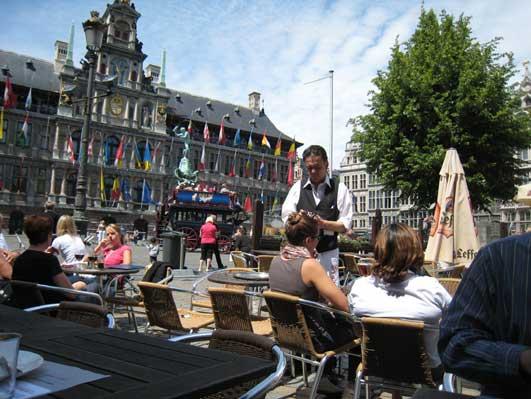 アムステルダムの中央広場