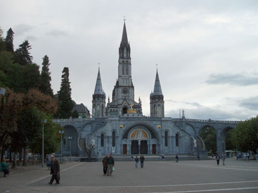 ルルドの教会