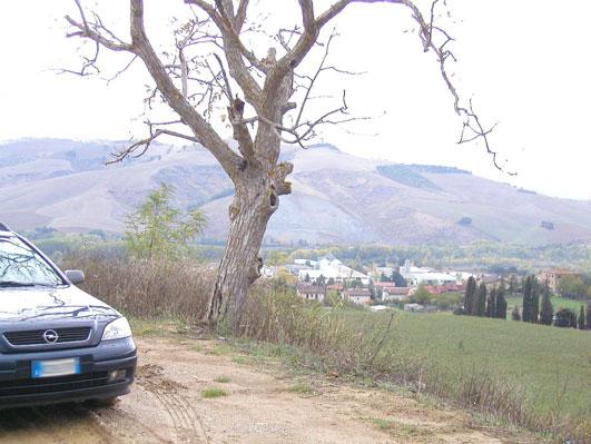 イタリアの田舎道